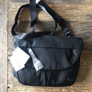 Lululemon all night festival bag Black